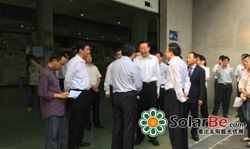 江苏省委书记罗志军视察无锡先导 鼓励提升智能制造