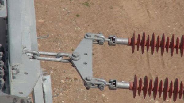电塔,无人机进行了快速飞行拍摄