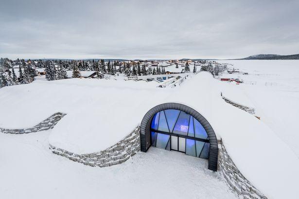 世界首家全年营业的冰酒店