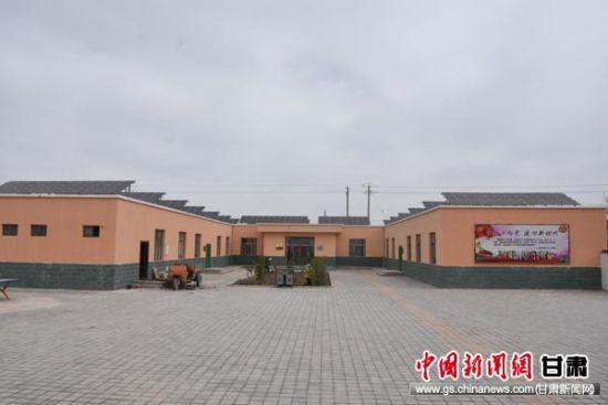 甘肃瓜州县借力光伏发电壮大贫困村集体经济