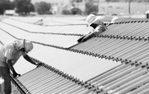 """征税""""后劲""""初显 项目""""搁浅""""影响大 美太阳能就业市场面临萎缩"""