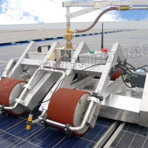供应小型便携式光伏清洁机器人,光伏组件清洗机器-- 郑州德瑞智能科技有限公司