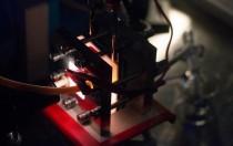 科学家改进太阳能液流电池 有望为偏远欠发达地区提供电力