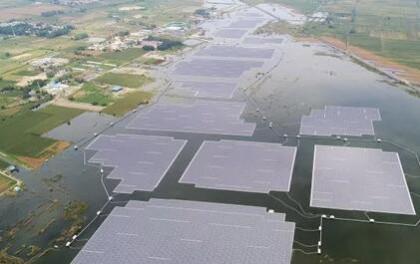 全球最大漂浮光伏电站在中国安徽实现并网