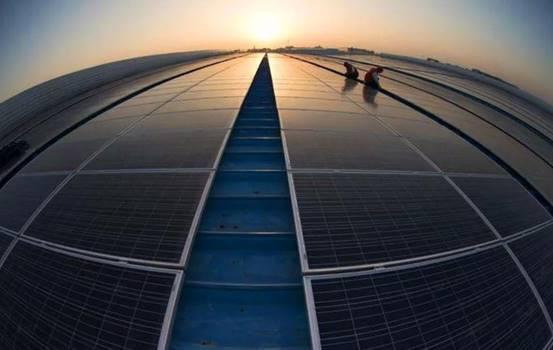 试问,如果使用太阳能充电站,能否解决电动车焦虑?
