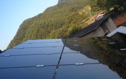 汉能集团薄膜发电系统 把城市还给森林