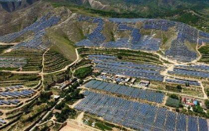 单根纳米线或将提高太阳能转换效率的极限