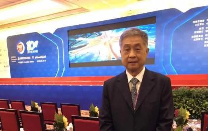 CPIA副理事长兼秘书长王勃华作《光伏产业发展回顾与展望》演讲