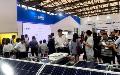 SNEC2019 | 安轩科技智能运维机器人新品出击,人气爆棚!