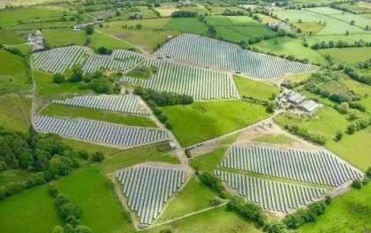 吴胜武:营造良好环境 提升光伏产业发展质量