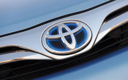 丰田研发电动汽车未来解决方案:太阳能电池板辅助系统