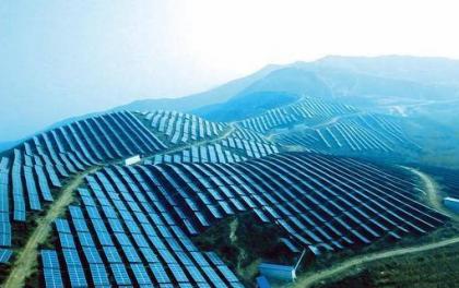 新疆8月光伏发电12.5亿千瓦时,同比减少0.3%