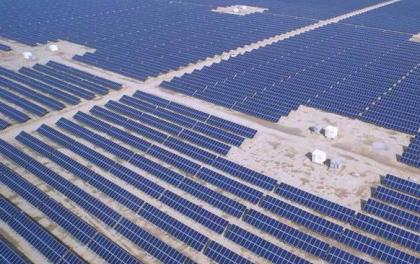 光伏:6家公司营收均达百亿级 可再生能源业绩分化