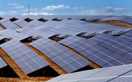 协鑫集成为欧洲最大光伏项目供货150MW组件