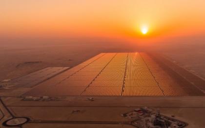 0.016953美元/千瓦时 迪拜900MW光伏项目中标电价再创世界新低