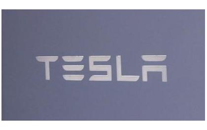 特斯拉赛博卡车将为太阳能汽车?