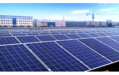 """中国将成""""绿色巨无霸"""" 光伏和风电产业席卷世界"""