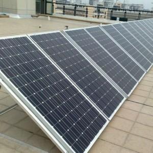 江苏太阳能组件回收 回收二手光伏组件-- 江苏中成发展新能源有限公司