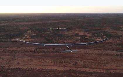 可持续飞行一年的太阳能飞机完成首次测飞 采用砷化镓太阳能电池