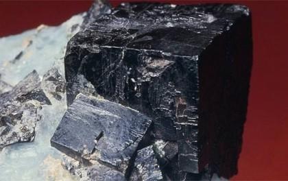 什么是钙钛矿?