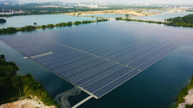 马来西亚13MW水面漂浮电站