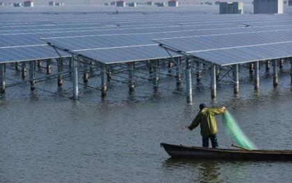黄州区推进赵家潭120MW渔光互补光伏发电项目