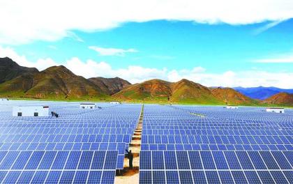 青海建成两个千万千瓦级可再生能源基地